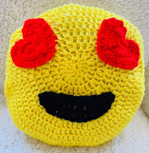 Valentine's Emoji Pillow- Free Crochet Pattern