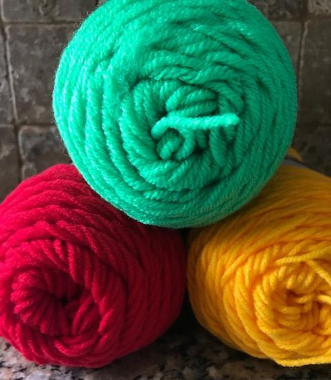 5 Ways to Get Really Cheap Yarn