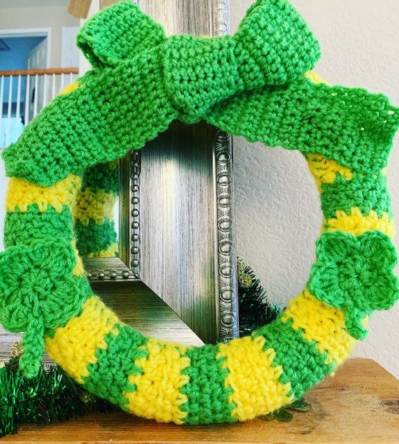 St. Patrick's Day Crochet Wreath- Free Pattern
