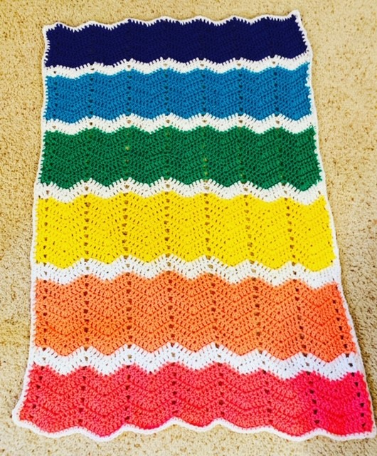 Wavy Rainbows Crochet Blanket- Free Pattern