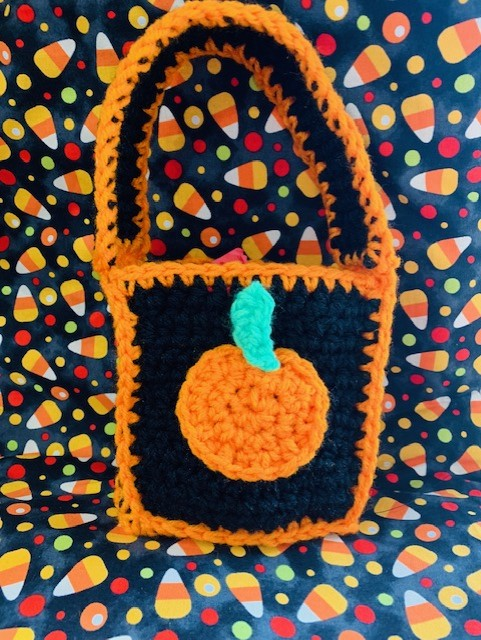 Crochet Pumpkin Bag- Free Pattern